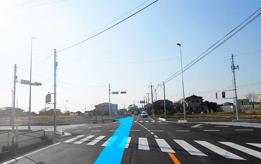 久喜駅方面(東)からお越しの方は県道151号線を西へ