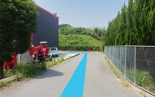 県道151号線「大室」交差点を久喜駅方面に300m程